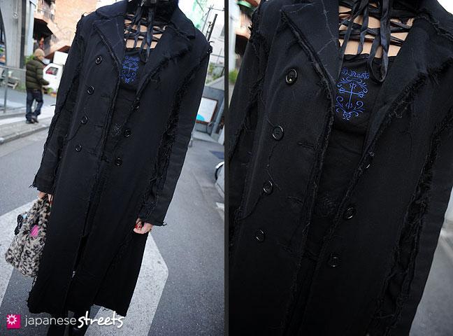111127-0456-111127-0458: Japanese street fashion in Harajuku, Tokyo