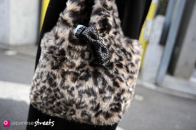 111127-0460: Japanese street fashion in Harajuku, Tokyo