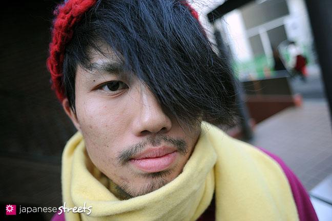 111229-2005: Japanese street fashion in Harajuku, Tokyo