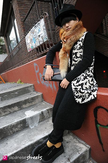 111229-2028: Japanese street fashion in Harajuku, Tokyo (LIM CODE, Worlds end, NICE CLAUP, TOPMAN, TOKYO BOPPER, Jean Paul GAULTIER)