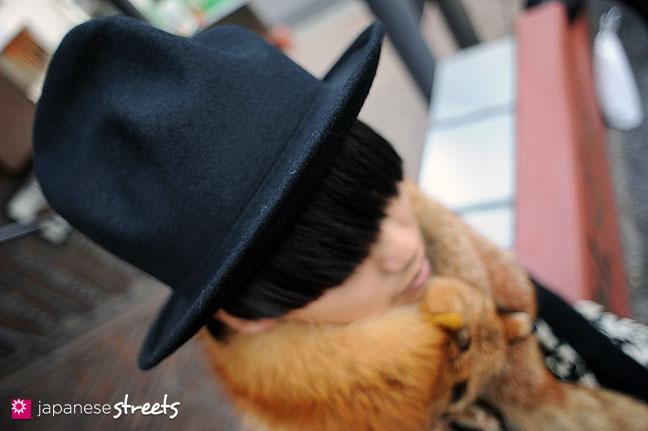 111229-2048: Japanese street fashion in Harajuku, Tokyo