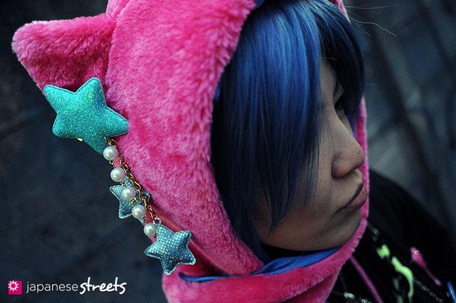 120101-2202: Japanese street fashion in Harajuku, Tokyo