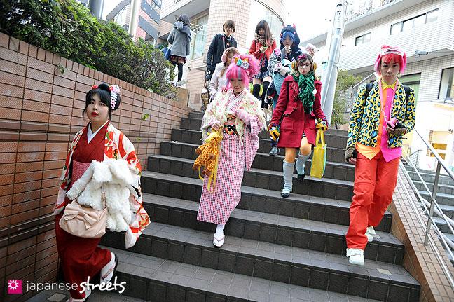 120107-2333: Japanese street fashion in Harajuku, Tokyo