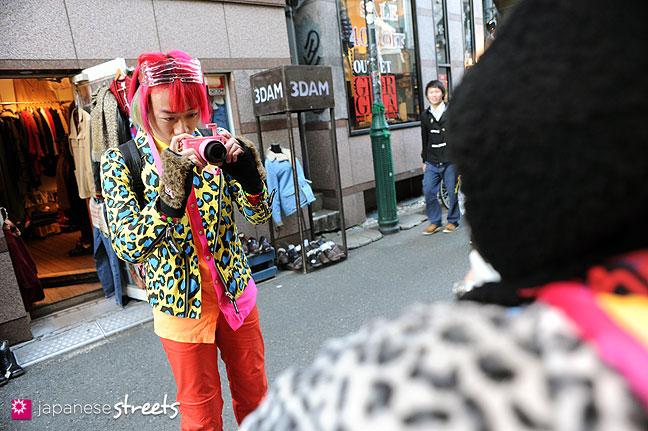 120107-2396: Japanese street fashion in Harajuku, Tokyo