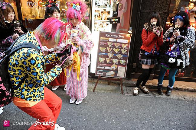 120107-2401: Japanese street fashion in Harajuku, Tokyo