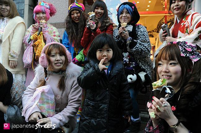 120107-2466: Japanese street fashion in Harajuku, Tokyo