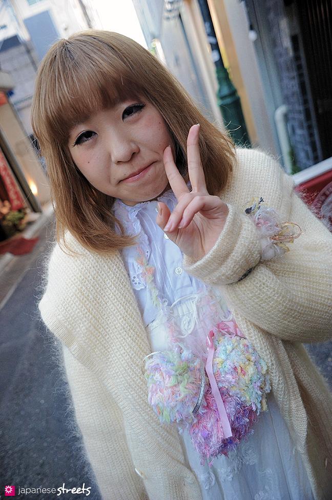120107-2473: Japanese street fashion in Harajuku, Tokyo