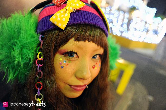 120107-2505: Japanese street fashion in Harajuku, Tokyo