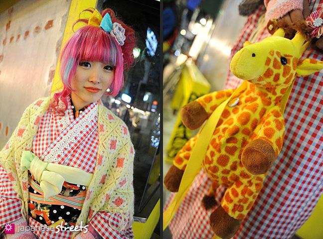 120107-2512-120107-2526: Japanese street fashion in Harajuku, Tokyo