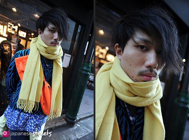 120107-2345-120107-2346: Japanese street fashion in Harajuku, Tokyo