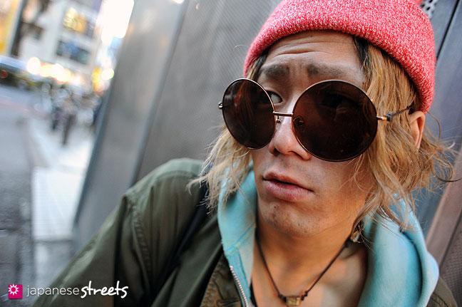 120118-2918: Japanese street fashion in Harajuku, Tokyo