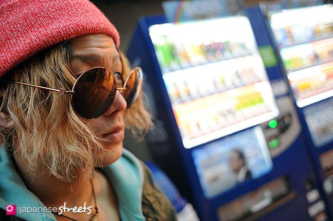 120118-2923: Japanese street fashion in Harajuku, Tokyo