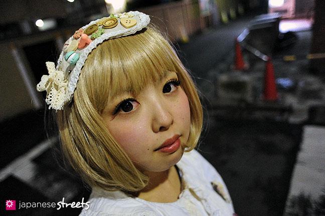 120122-3642: Japanese street fashion in Harajuku, Tokyo