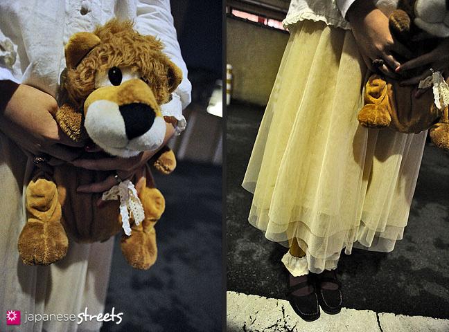 120122-3647-120122-3650: Japanese street fashion in Harajuku, Tokyo