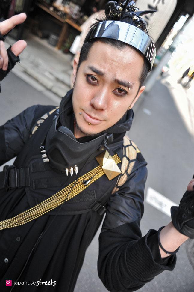 120303-7129: Japanese street fashion in Harajuku, Tokyo (TIKKE, Banal Chic Bizarre, ATO, Takuya Angel)