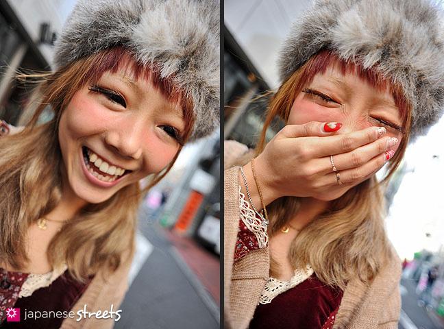 120303-7255-120303-7261: Japanese street fashion in Harajuku, Tokyo