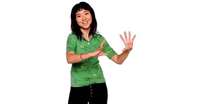 Momoko Kikuchi in Apple Commercial