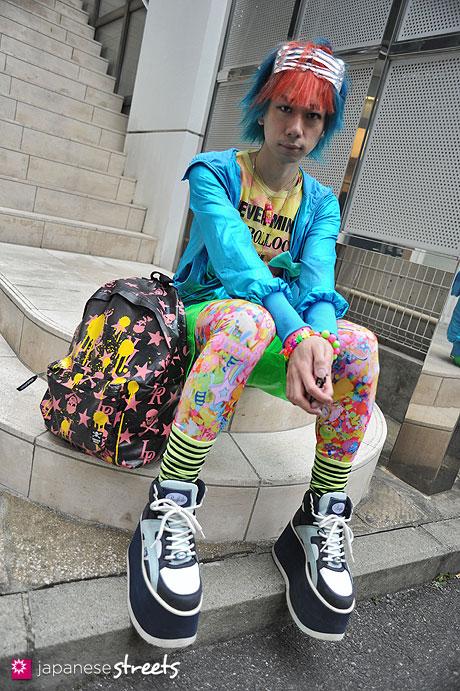 120407-9435: Japanese street fashion in Harajuku, Tokyo (COO;YA, galaxxxy, 666, Super Lovers, 6%DOKIDOKI, Buffalo, JEREMY SCOTT)