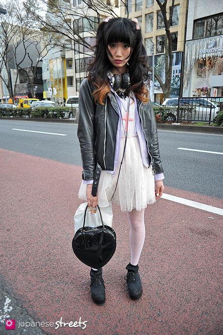 120407-9605: Japanese street fashion in Harajuku, Tokyo (Shima, ELVIS LUCE, ACDC)